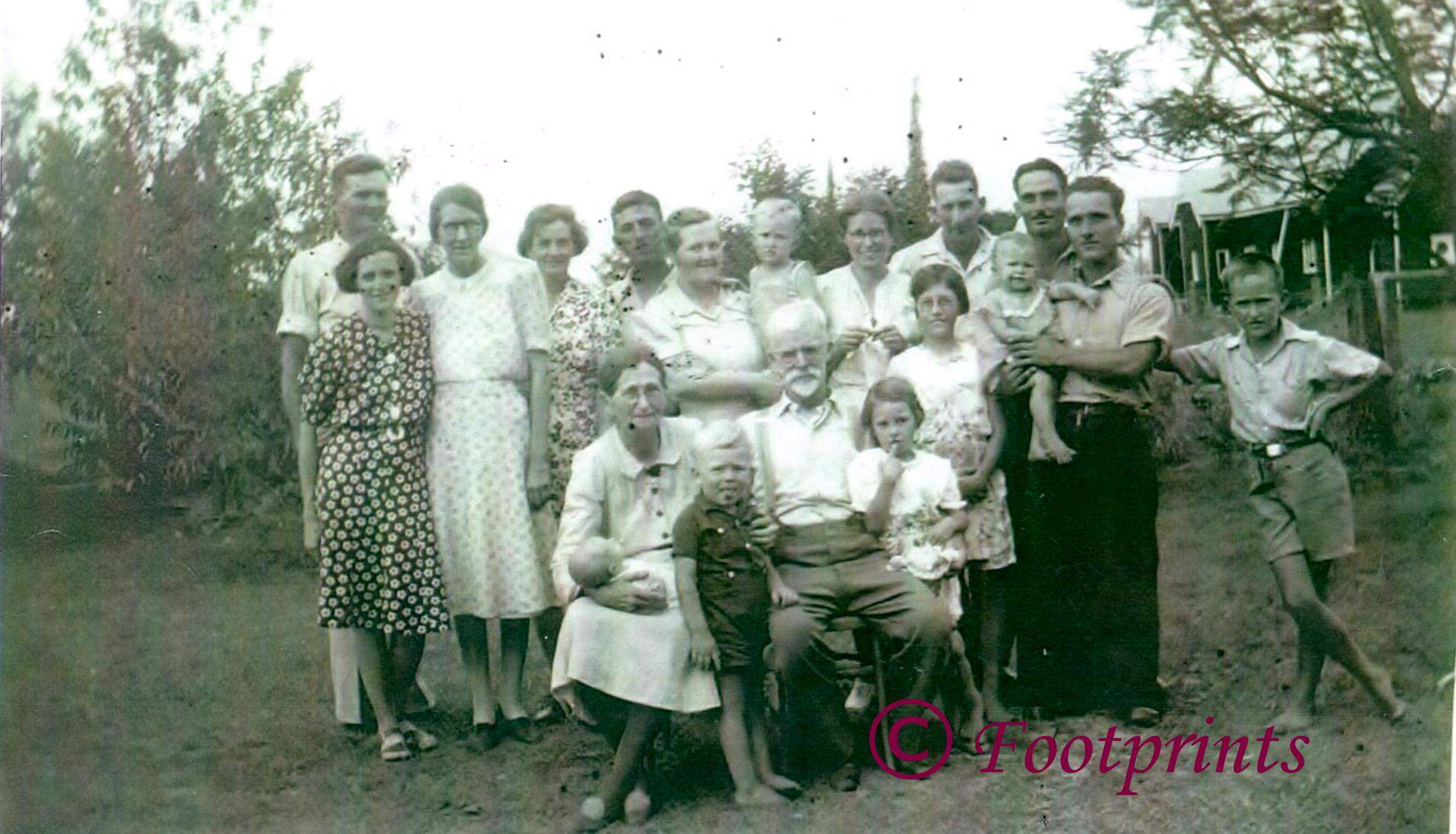 Rosewood Xmas 1944 Rackley Family -