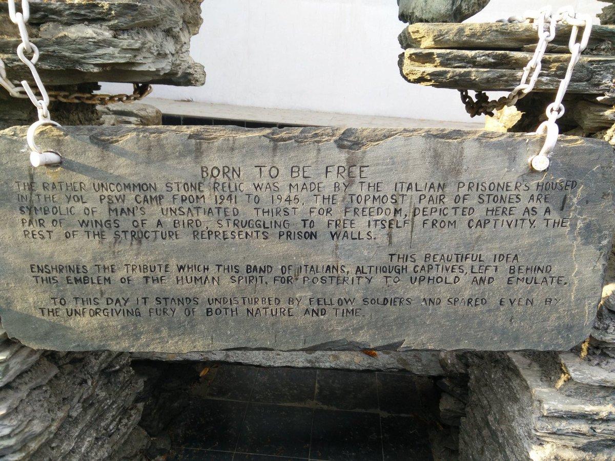 Yol Monument